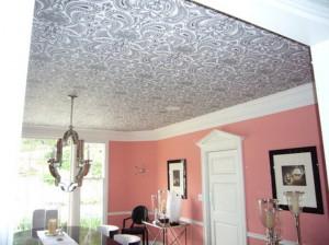 Особенности применения потолочных обоев для отделки потолка