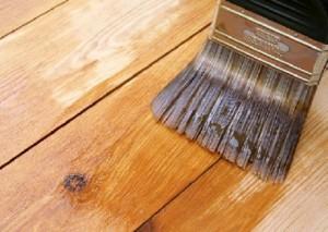 Как привести в порядок деревянный пол