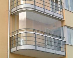 Какой вид остекления балкона выбрать