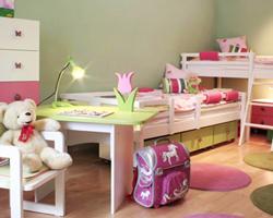 Оформление интерьера детской комнаты для девочки.