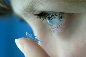 10 причин попробовать силикон-гидрогелевые линзы