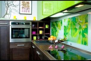 Что нужно знать о покупке кухонного фартука(скинали)